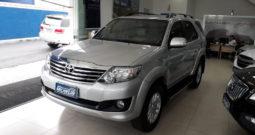 Toyota Hilux SW4 2.7 SR – 2014
